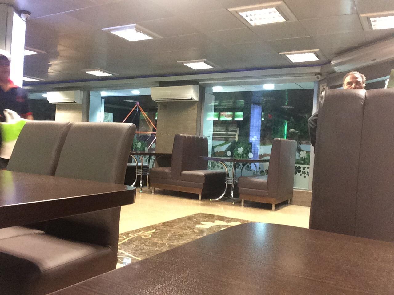عکس پروفایل پیتزا و همبرگر رستوران مریانج پاسداران