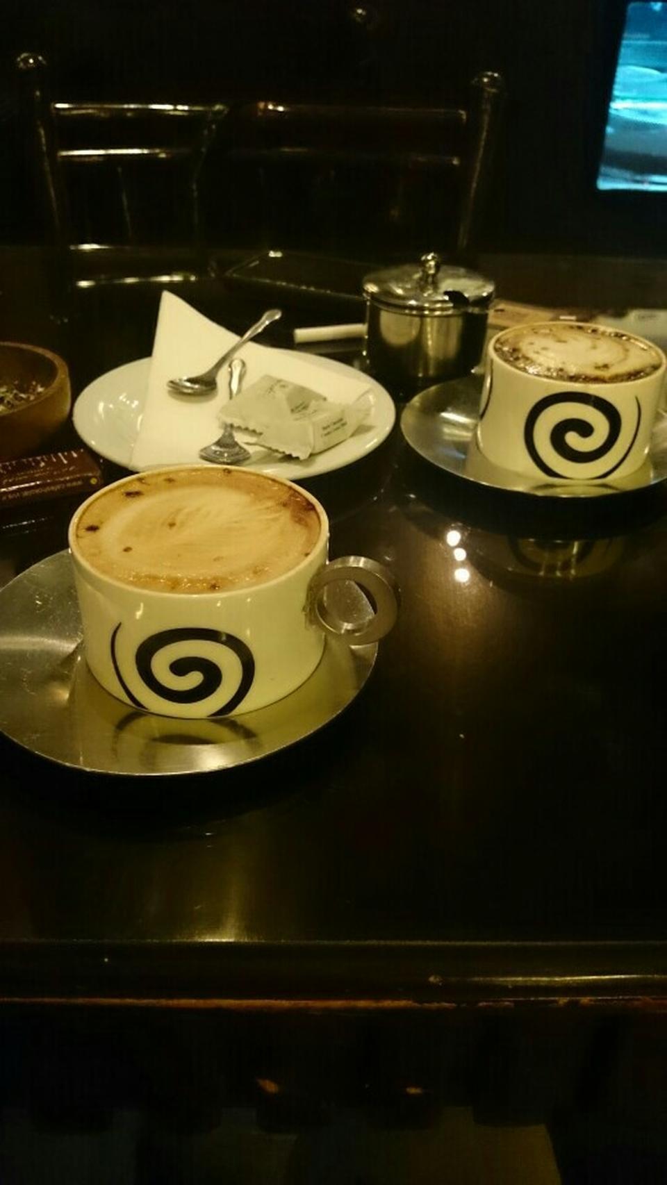 عکس پروفایل کافی شاپ کافه شکلات