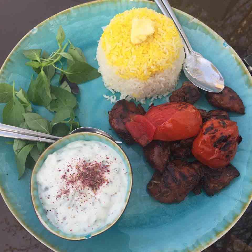 عکس پروفایل رستوران ایرانی بید مجنون